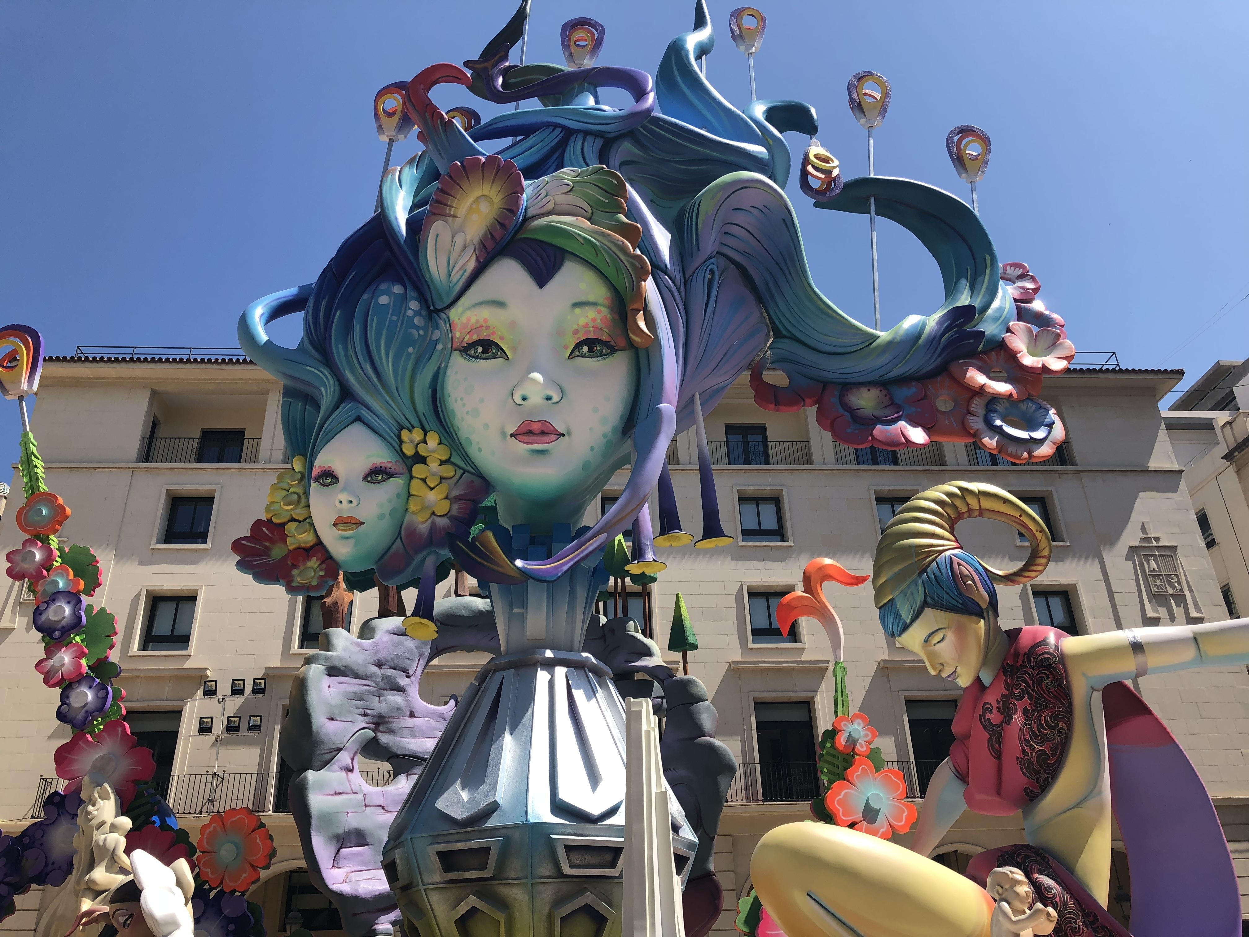 Alicante se prepara para decidir sus Hogueras oficiales 2019