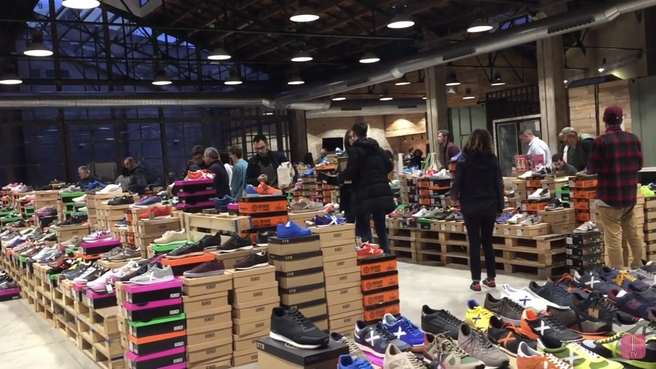 Ruzafa Gallery trae zapatillas Munich con descuentos del 70%
