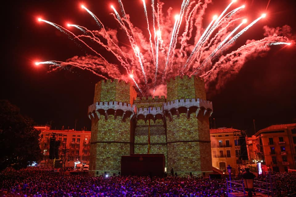 Pirotecnia, concierto y más para celebrar las Fallas como Patrimonio