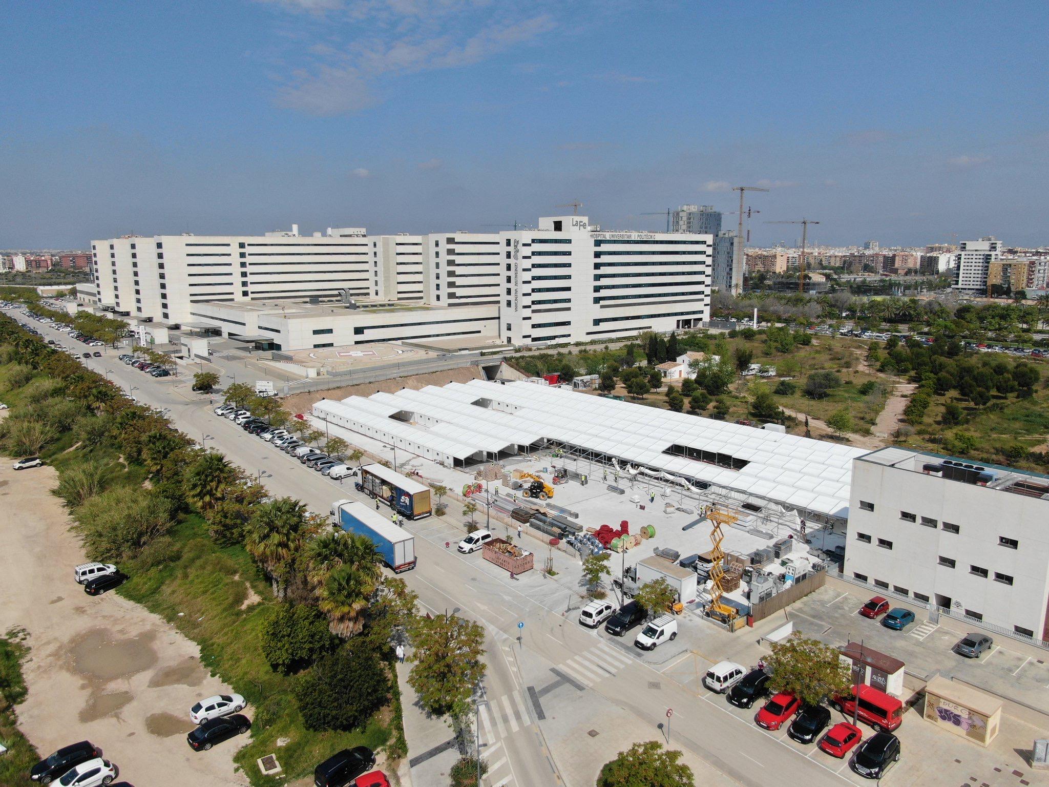 Así avanzan las obras de los hospitales de campaña de Valencia