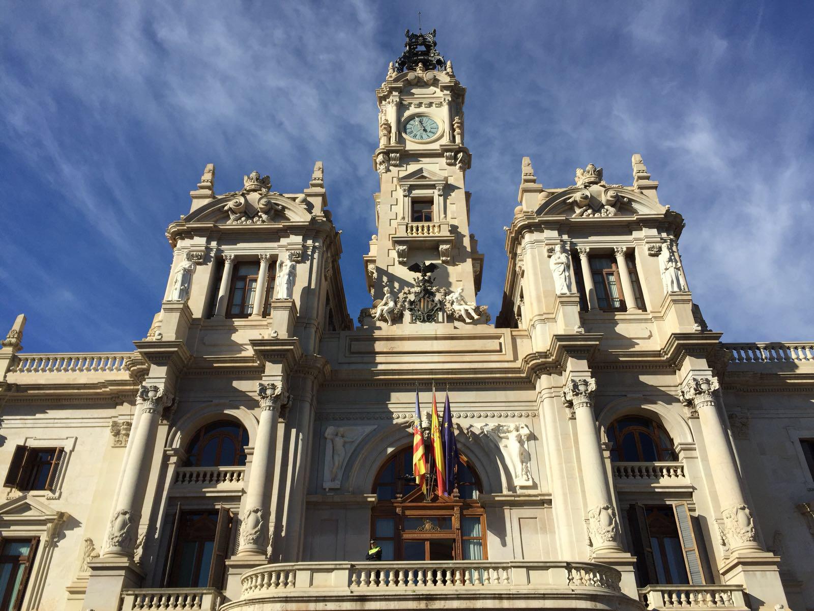 Valencia declara «luto oficial» por las víctimas del COVID-19